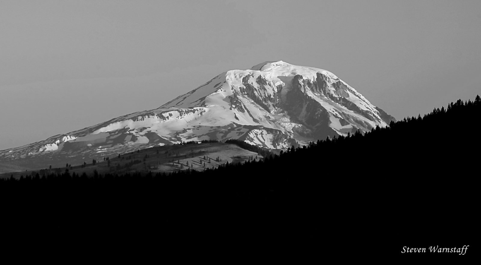 Mt. Adams, Pahto, sunrise in Black and White