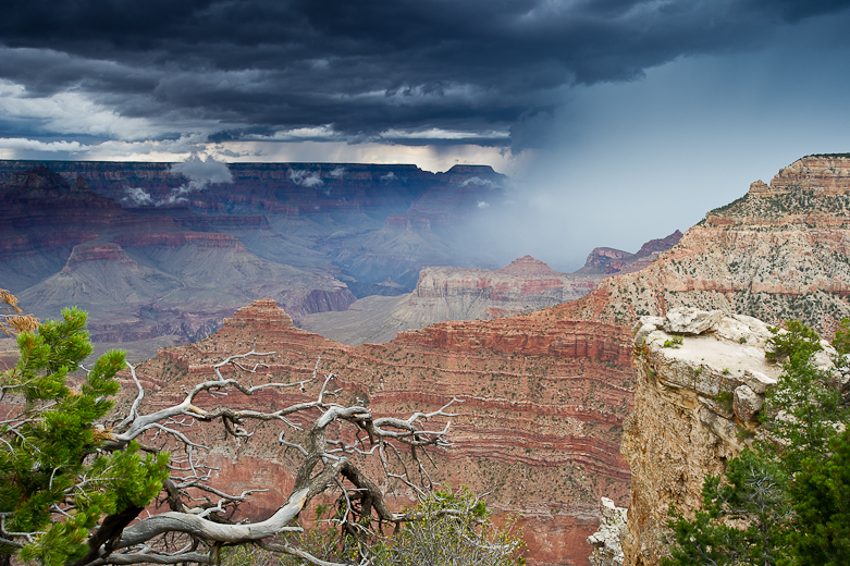 Grand Canyon monsoon rain